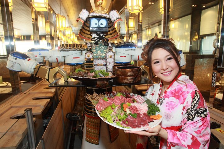 hajime-robot-restaurant-pattaya