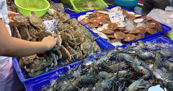 อาหารทะเลสด-ตลาดลานโพธิ์3-680x357