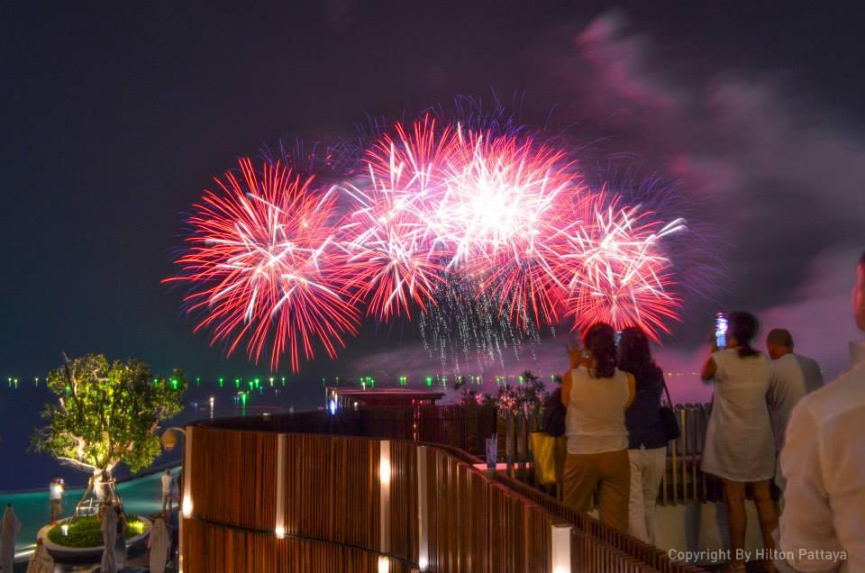 Pattaya Fireworks Festival-Hil