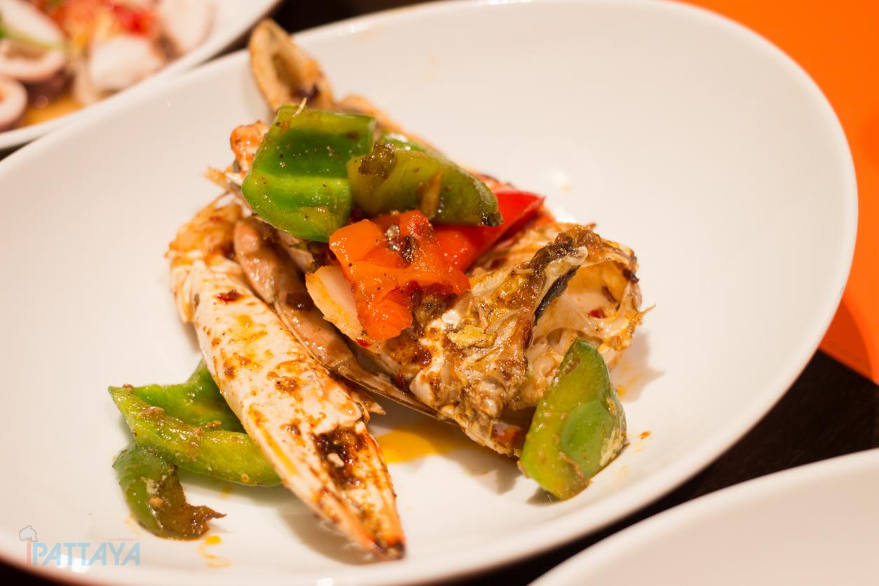 seafood buffet pattaya marriott courtyard pattaya11