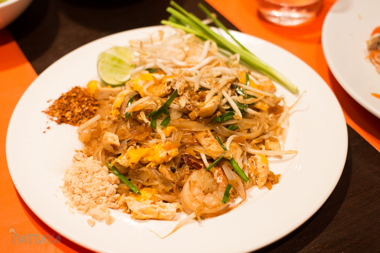 seafood buffet pattaya marriott courtyard pattaya20