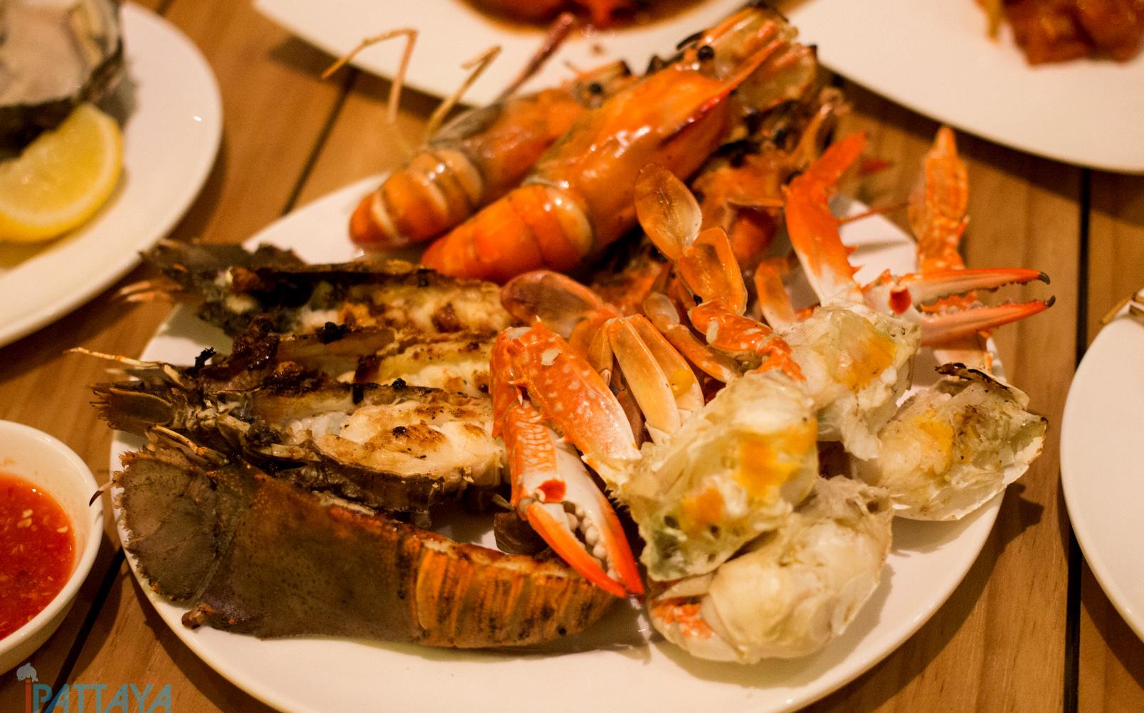 บฟเฟ่ต์ซีฟู้ดอาหารทะเลพัทยา Holiday inn14