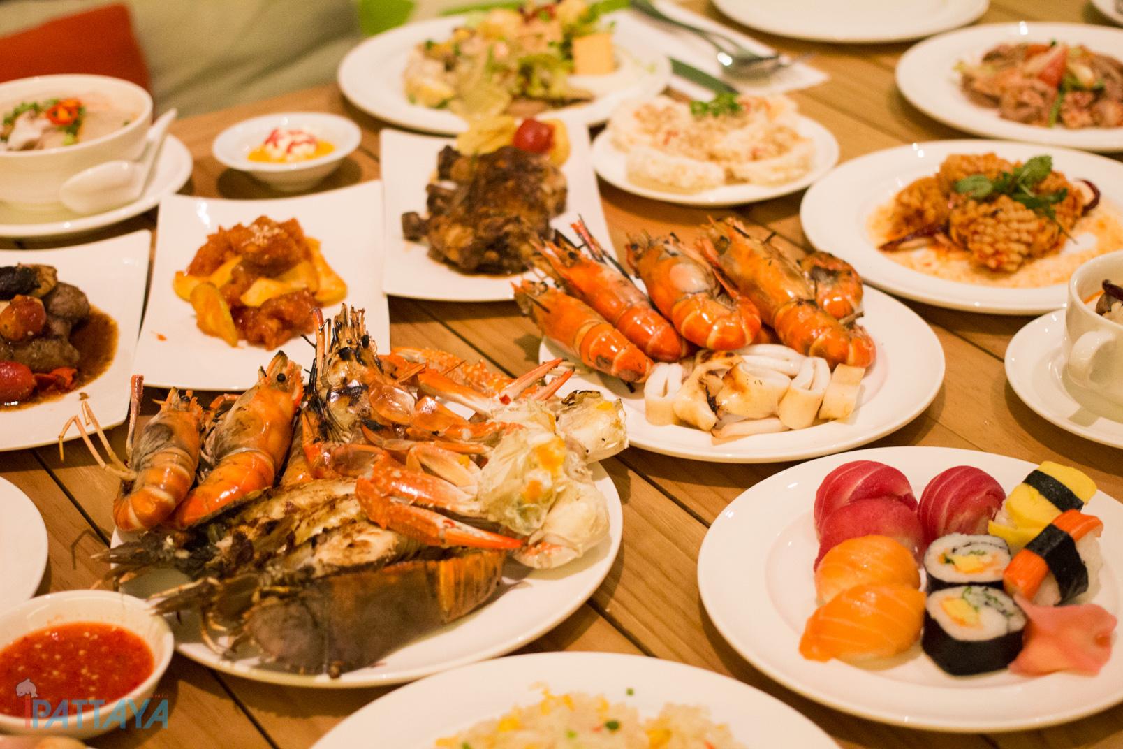 บฟเฟ่ต์ซีฟู้ดอาหารทะเลพัทยา Holiday inn21